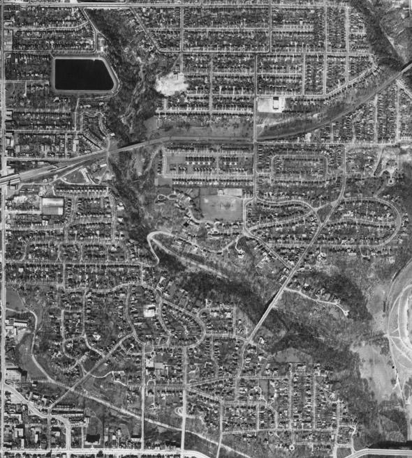 2011915-Toronto-Rosedale-Aerial-1942.jpg
