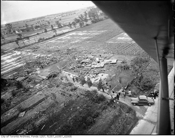 2011915-aerial-hurricane-hazel-1954-f1257_s1057_it2005.jpg