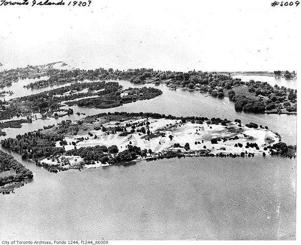 2011915-aerial-toronto-islands-1920-f1244_it6009.jpg