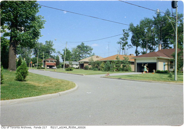 201197-suburbs-north-york-1960s-f0217_s0249_fl0356_it0026.jpg
