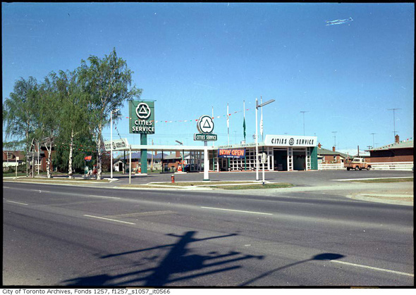 201197-suburbs-queensway-wolgar-1960s-f1257_s1057_it0566.jpg