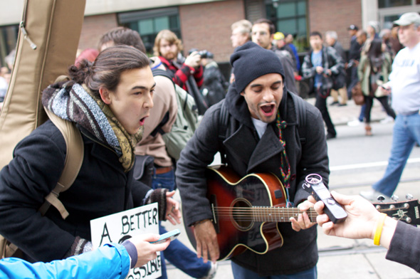 20111015-occupyTO11.jpg
