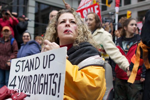 20111015-occupyTO9.jpg