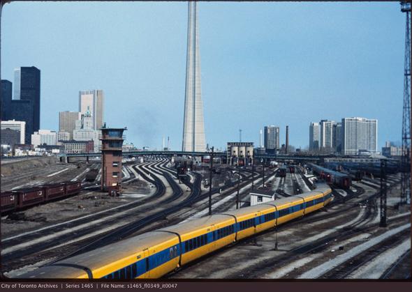 2011113-railway-lands-bathurst-bridge-closer-1980s-s1465_fl0349_it0047.jpg