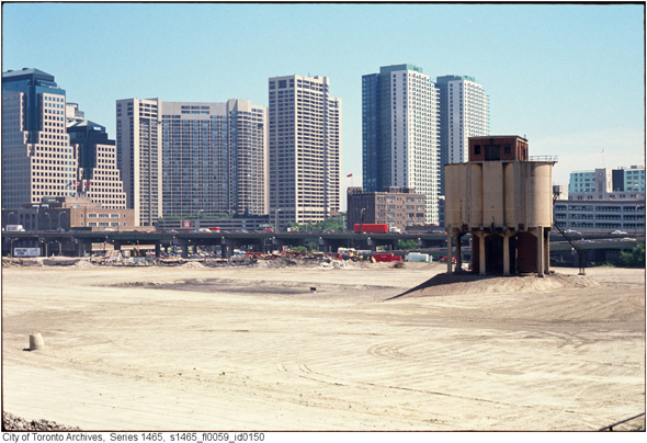 2011113-railway-lands-razed-1990s-s1465_fl0059_id0150.jpg