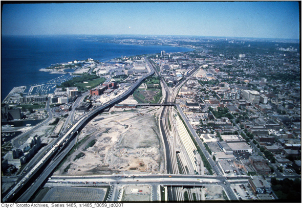2011113-railway-lands-razed-aerial-1990s-s1465_fl0059_id0207.jpg