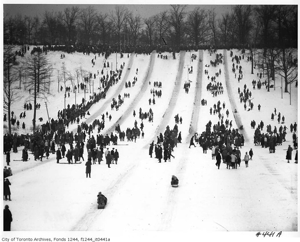 201214-high-park-toboggan-1914-f1244_it0441a.jpg