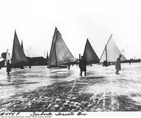 201214-ice-boats-1912-f1244_it0444f.jpg