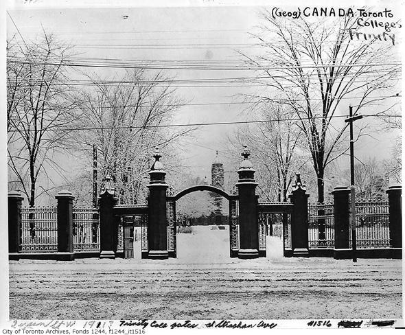 201214-trinity-gates-1916-f1244_it1516.jpg