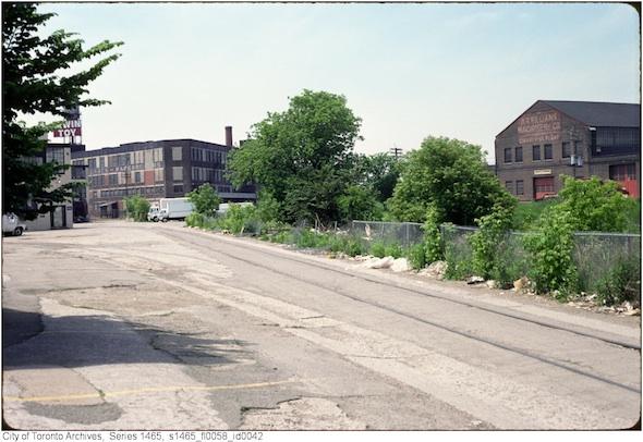 2012214-liberty-village-1-1990s.jpg