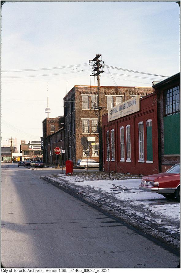2012215-Liberty-Street-1970s-s1465_fl0037_id0021.jpg