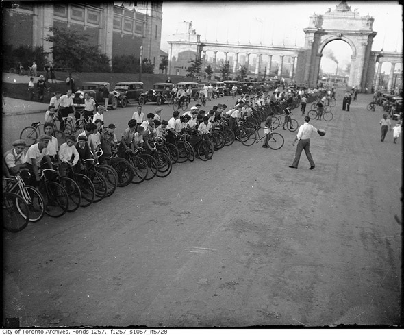 2011322-CNE-bicycles-1930-f1257_s1057_it5728.jpg