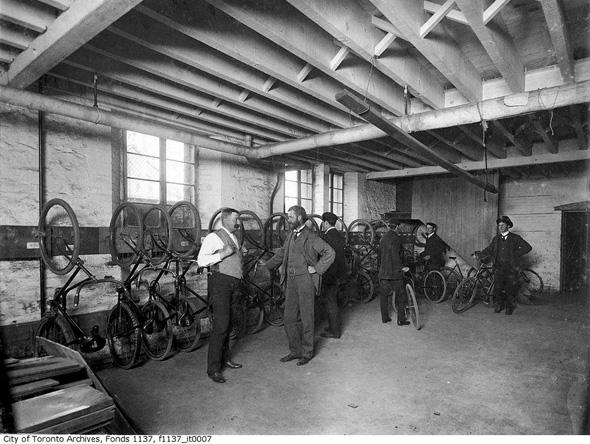 2012322-bike-storage-1898.jpg