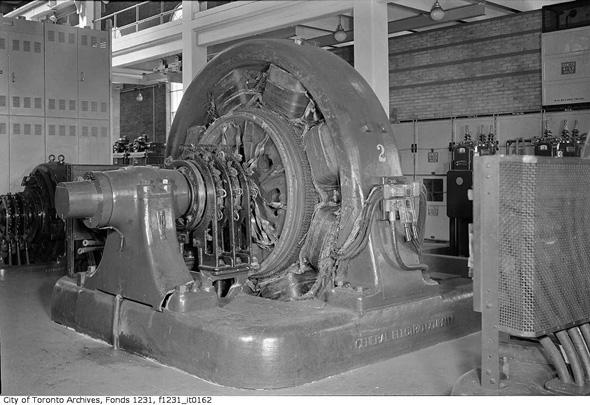 2012330-Toronto-hydro-carlaw-1950-f1231_it0162.jpg