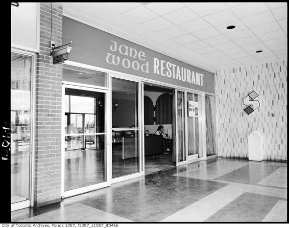 What restaurants used to look like in Toronto