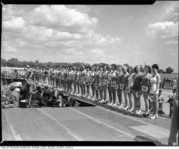 2012412-beauty-contest-woodbine-1948-f1257_s1057_it1611.jpg