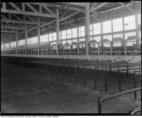 2012412-horse-stalls.jpg