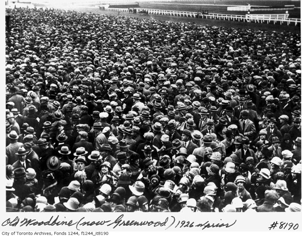 2012412-woodbine-1926-crowd-f1244_it8190.jpg