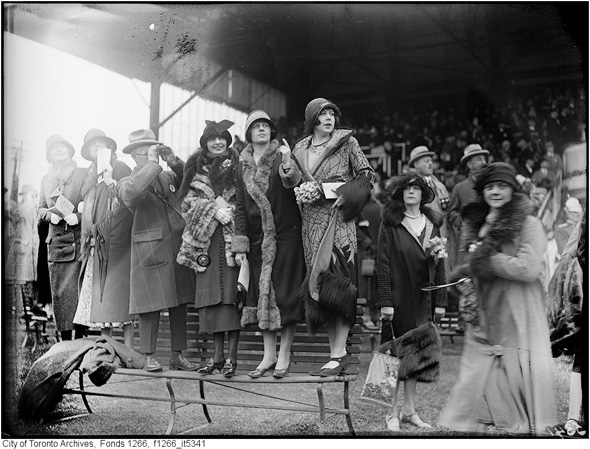 2012412-woodbine-fashions-1925-f1266_it5341.jpg