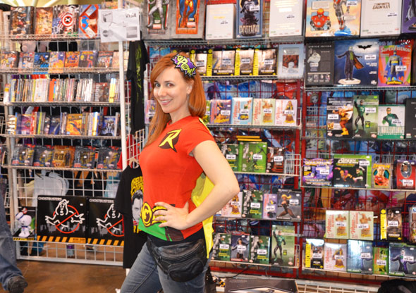 2012416-Toronto-Wizard-World-Comic-Con-2012-Kapow-HQ.jpg