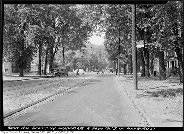 2012425-looking-north-to-bloor-1948-s0372_ss0058_it1836.jpg