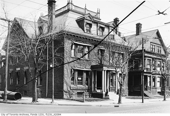 2012425-ne-corner-bloor-spadina-1924-f1231_it2084.jpg
