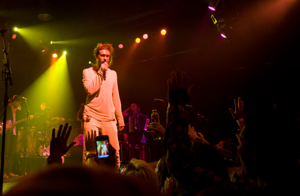 Edward Sharpe and the Magnetic Zeroes toronto