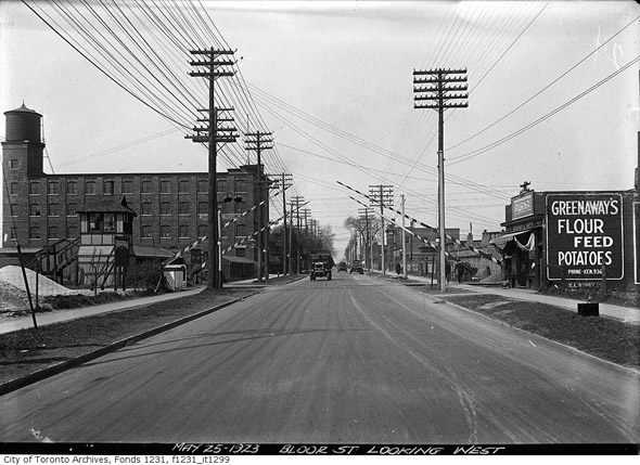 201252-bloor-west-to-lansdowne-1923.jpg