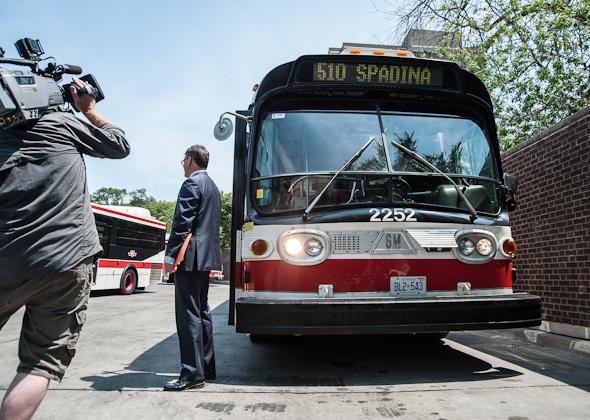 Shuffle Demons Spadina Bus