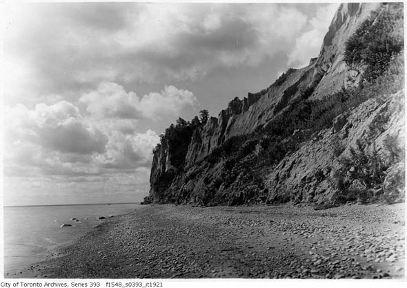 toronto iroquois shoreline