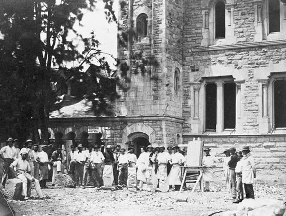 toronto university college construction workers stonemasons