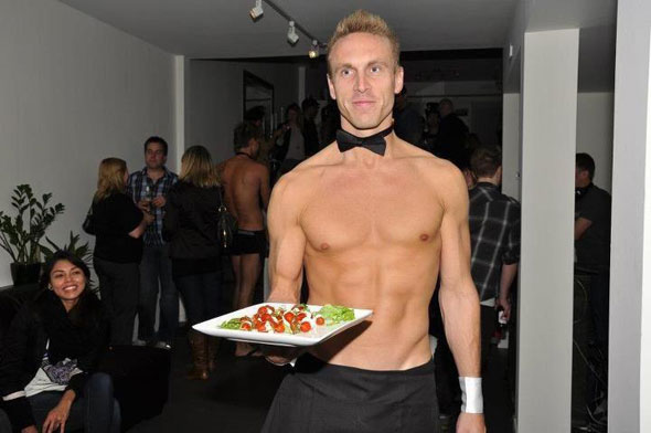 201288-topless-waiters.jpg