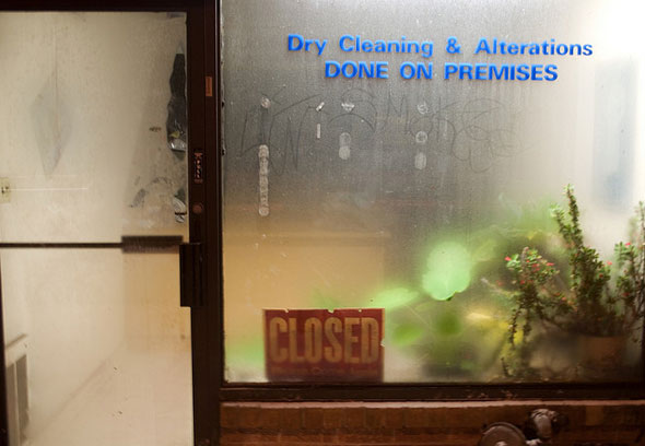 toronto best dry cleaner