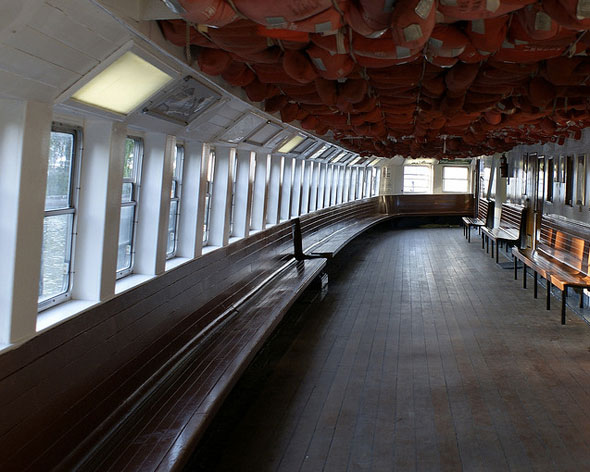 toronto ferry interior