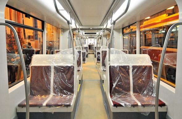 20121115-streetcar-int-length.jpg