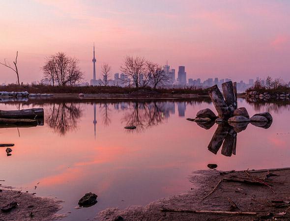 Toronto Skyline Island