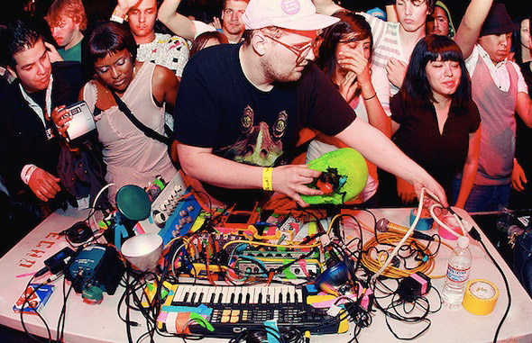 Dan Deacon Live Toronto