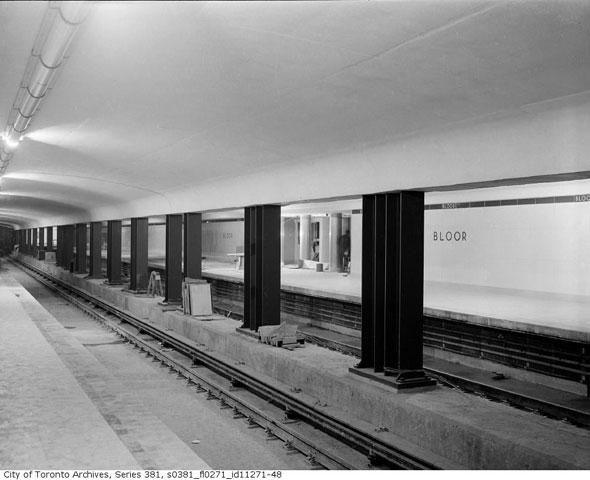 toronto station bloor