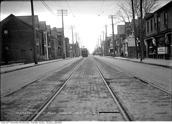 2012124-harbord-west-spadina-1913-f1231_it0493.jpg