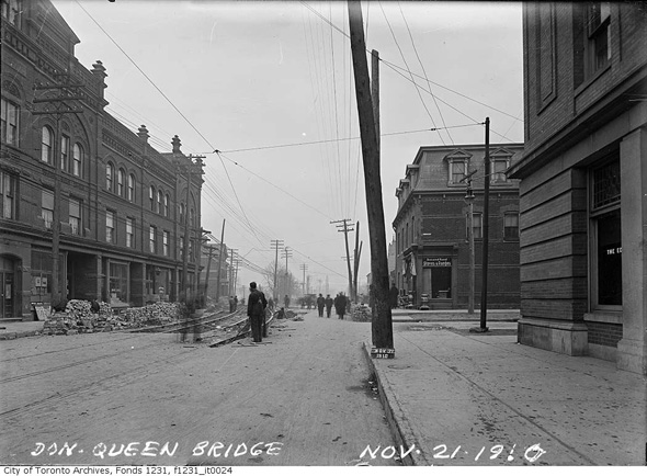 2013227-queen-lk-west-don-bridge-1910-f1231_it0024.jpg