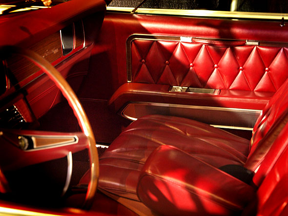 Lincoln Continental Mk III interior