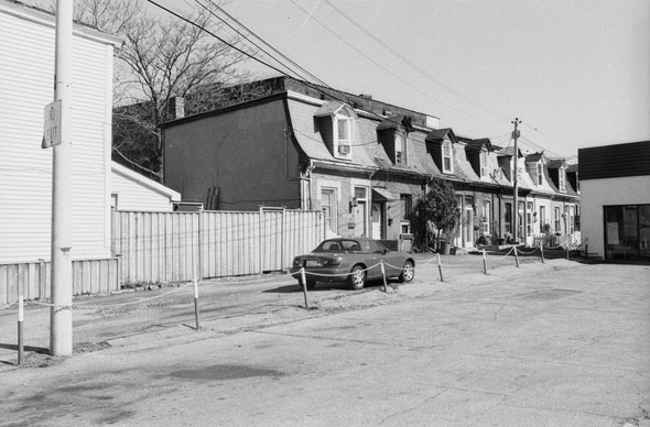 toronto percy street