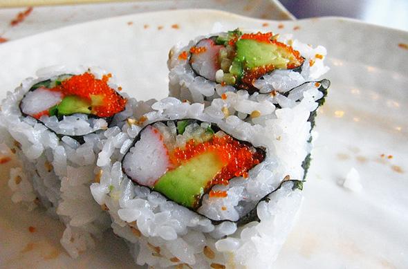 cheap sushi toronto