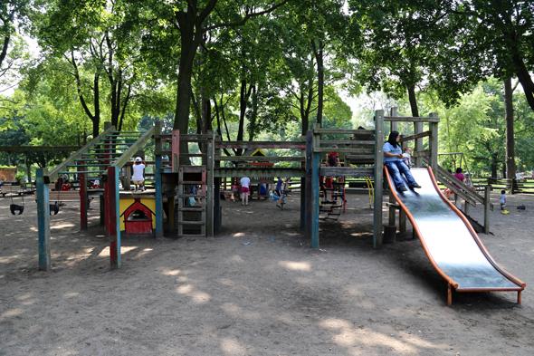 Dufferin Grove Playground