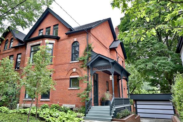 4 Meredith Crescent Toronto