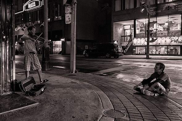 Street performer Toronto