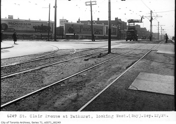 201393-st-clair-bathurst-west-1928.jpg