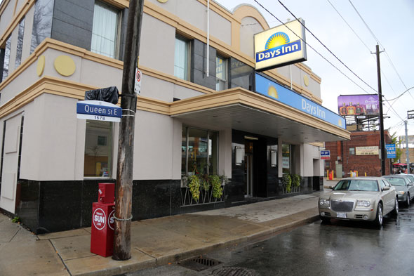 Cheap Hotels Toronto