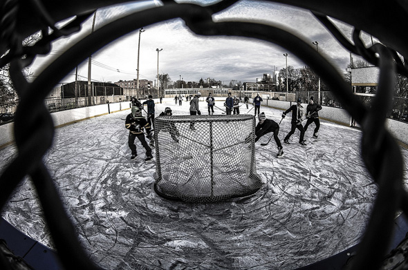 Outdoor Hockey Toronto