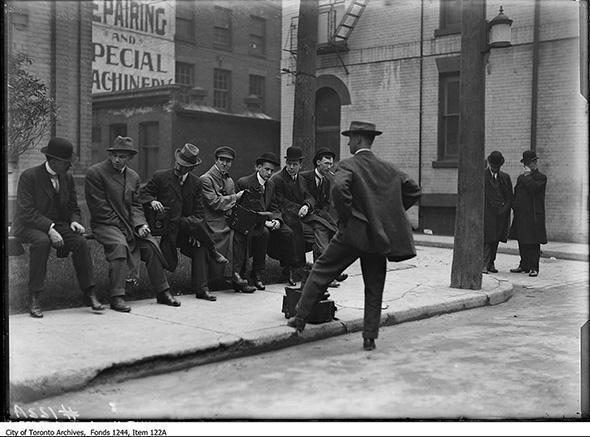 2014128-reporters-street-1915.jpg
